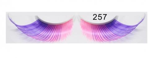 Falsche Wimpern 257