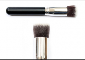 Powder and Foundation Brush