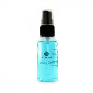 Mit dem Setting Spray das Make-up fixieren im Shop kaufen